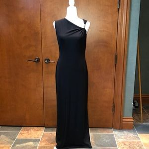 Tahari Dresses - Tahari Evening Black Floorlength dress